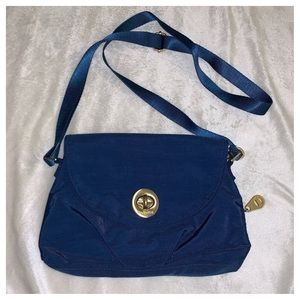 Baggallini blue mini crossbody bag